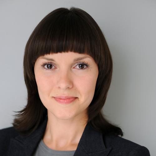 Stephanie Taeuscher